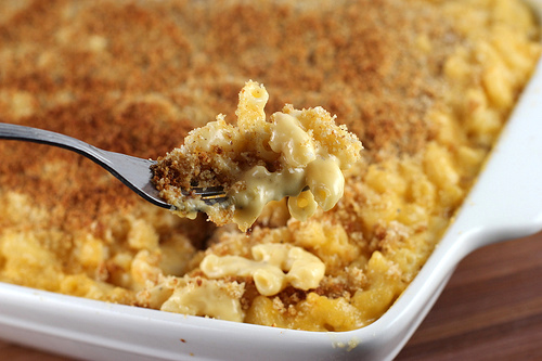 Baked Mac and Cheese Recipe | BlogChef.net