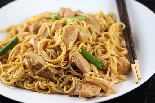 how to make homemade chicken chow mein