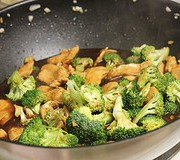 chicken_and_broccoli_lo_mein_4