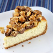 Snickers_cheesecake_2