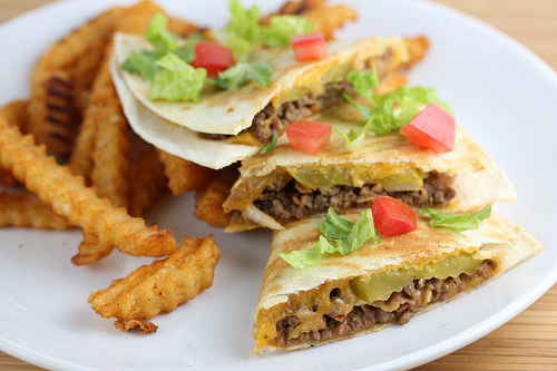 bacon_cheeseburger_quesadillas_1