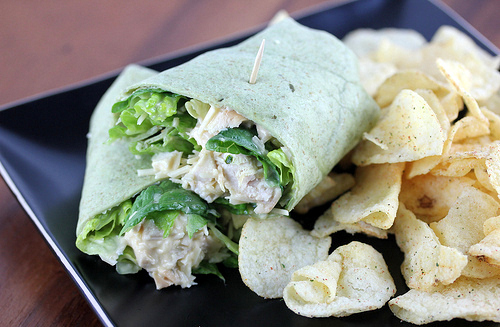 chicken_caesar_salad_wraps_1