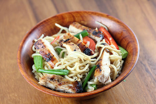 Grilled Chicken Lo Mein