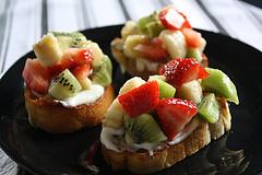 fruit_bruschetta_2