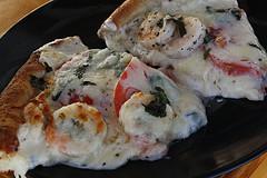 shrimp_alfredo_pizza_3