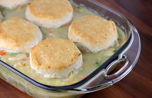 chicken_and_biscuit_casserole_2