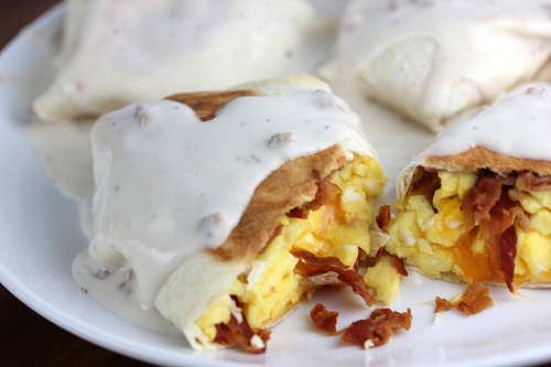 smothered_breakfast_wraps_1