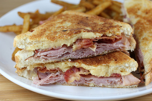ham and gouda grilled cheese