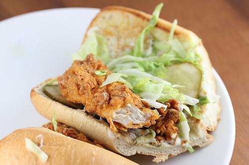 Popeyes Naked BBQ Chicken Po Boy Sandwich REVIEWED