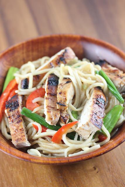 Grilled Chicken Lo Mein