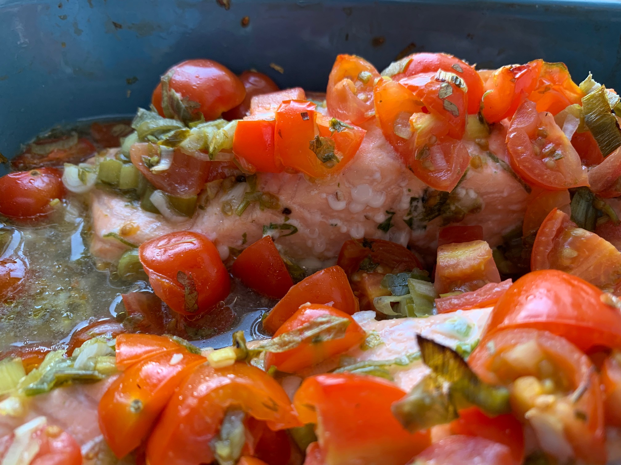 Salmon With Lemon, Plum Tomatoes and Parsley