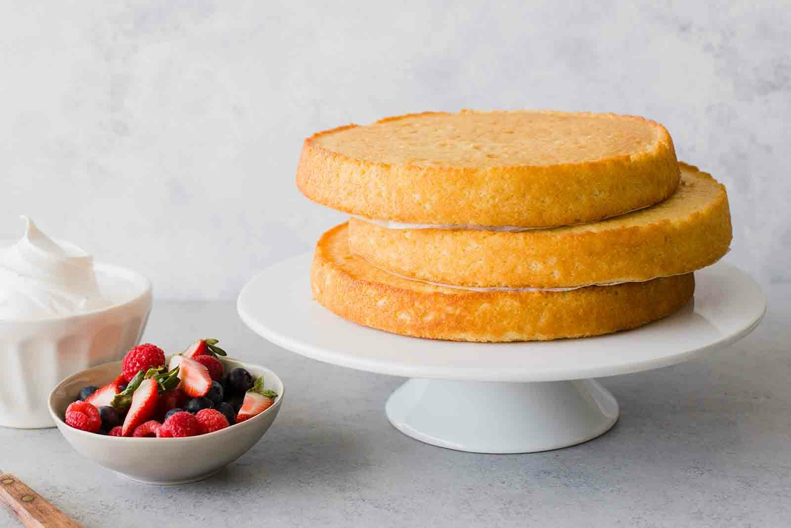 Substitutes for Buttermilk in Cakes
