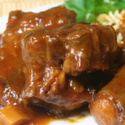 How to Cook Oxtails on the Stove (3)