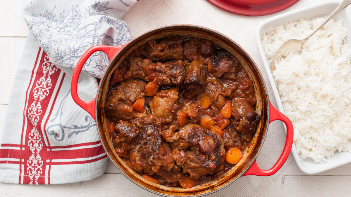 How to Cook Oxtails on the Stove