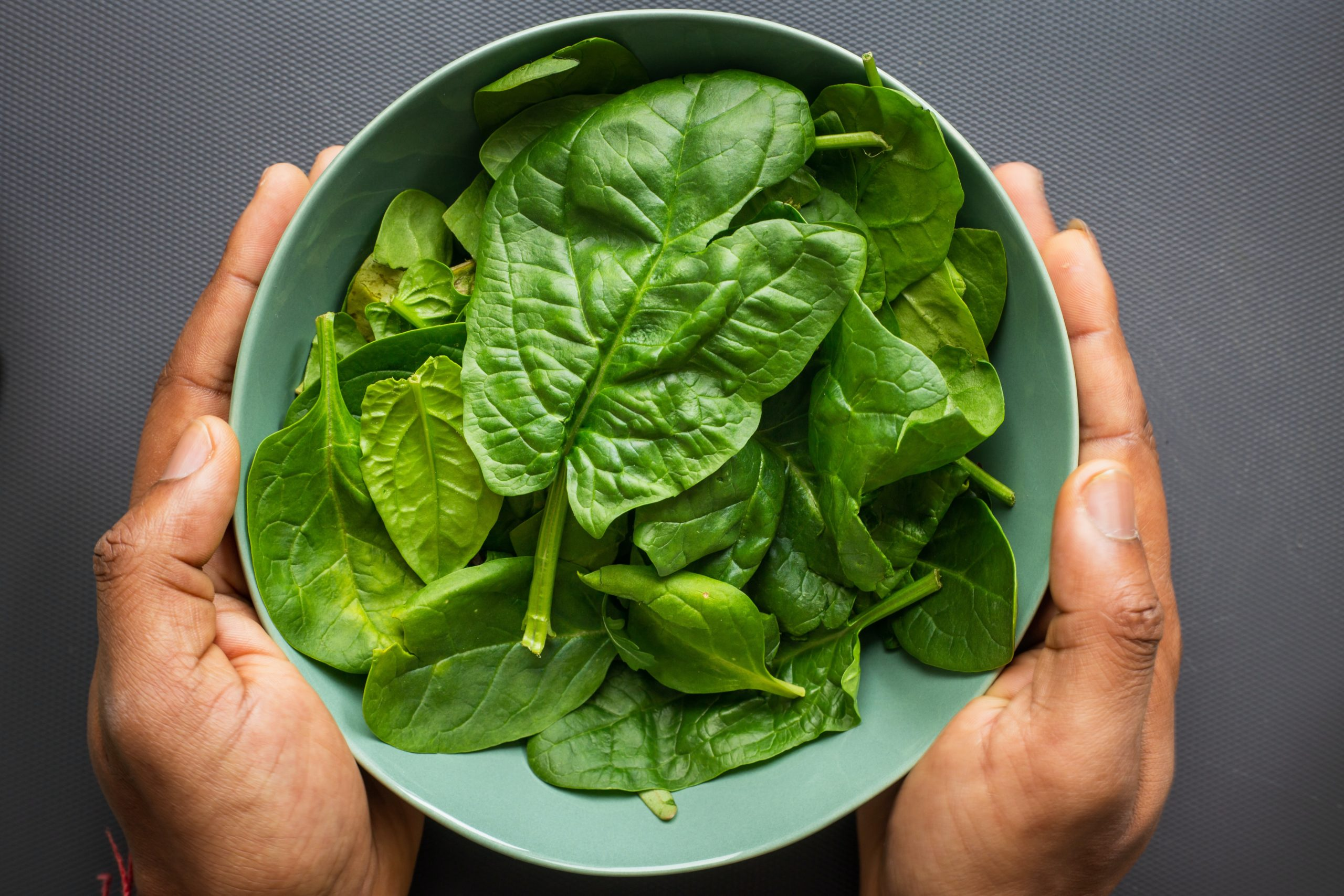 How to Cook Spinach in a Pan