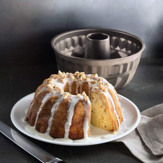 Tomods Nonstick Bundt Cake Pan for 6 Quart instant pot, Heavy-duty Fluted Tube Pan Cup(7 Inch, Champagne Gold)Bundt Pan