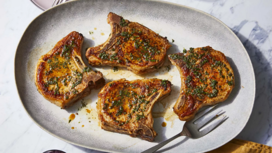How Long Should You Cook Pork Chops in an Air Fryer?