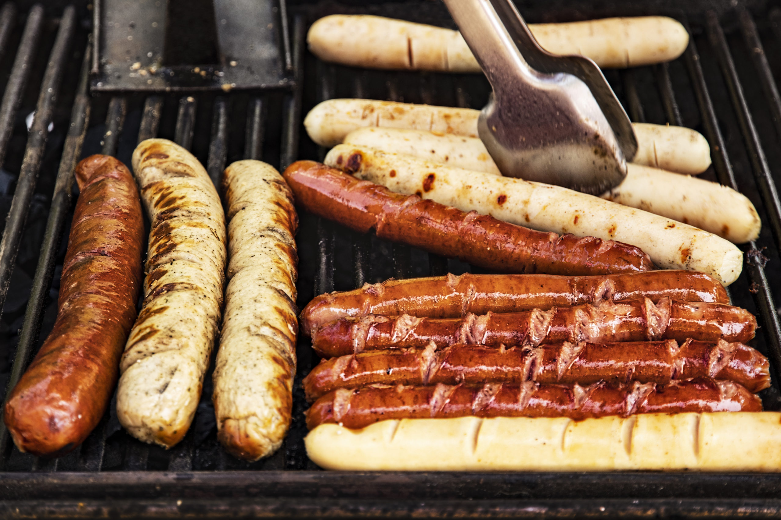 How Long to Cook Brats on the Grill