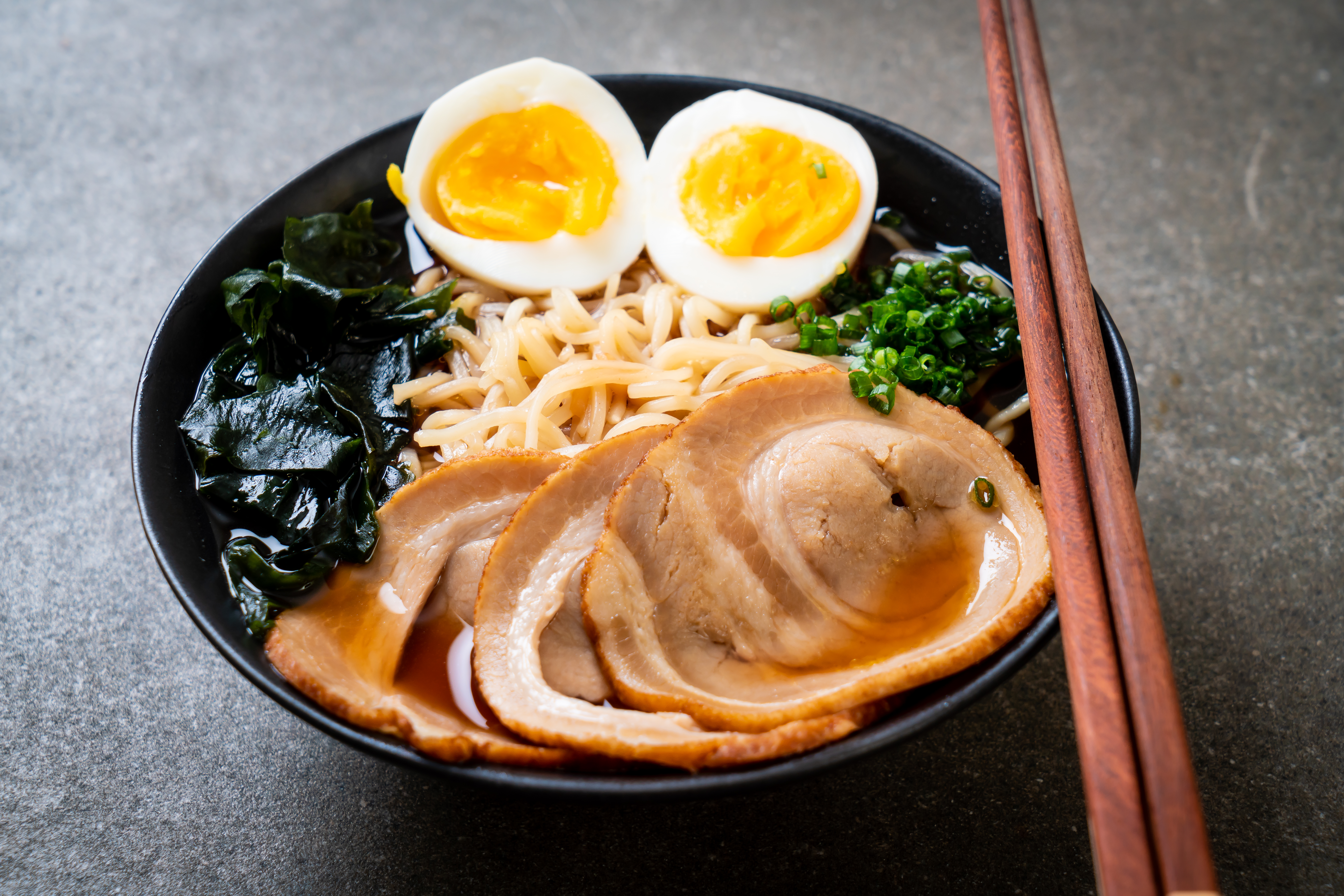 How to Cook an Egg in Ramen